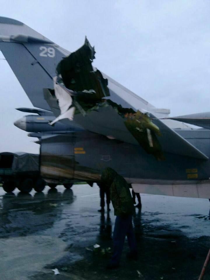 Un avion russe endommagé sur la base de Hmeimim