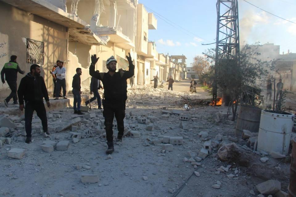 La destruction à Khan Cheikhoun, aujourd'hui, suite aux raides aériens.