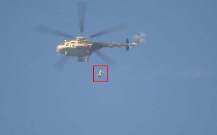 Un baril de TNT lancé par un hélicoptère sur la Ghouta orientale