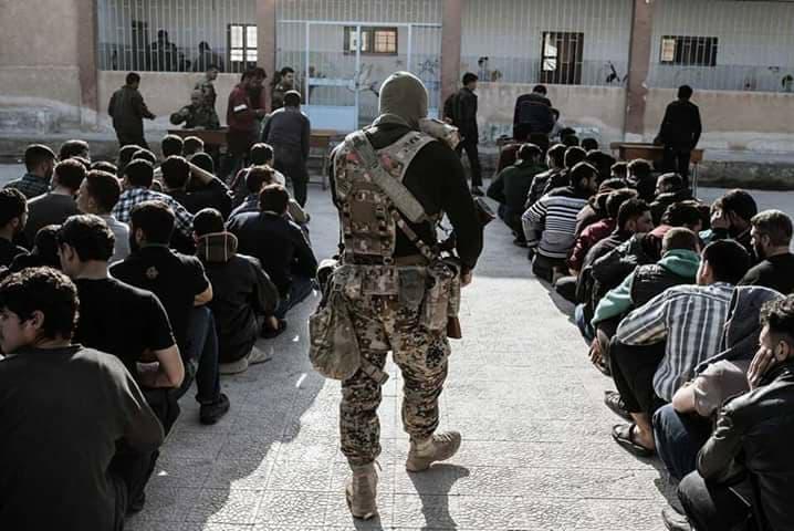 Les jeunes de Saqba dans la Ghouta détenus par des miliciens russes