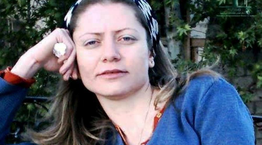 Samar Yazbek n'oublie pas Razan Zeitouneh, comme en atteste cette photo partagée en 2017
