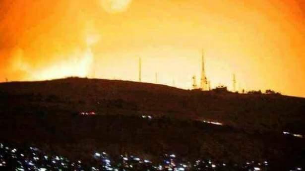 L'explosion du site de Jomrayah derrière le mont Qassyoun