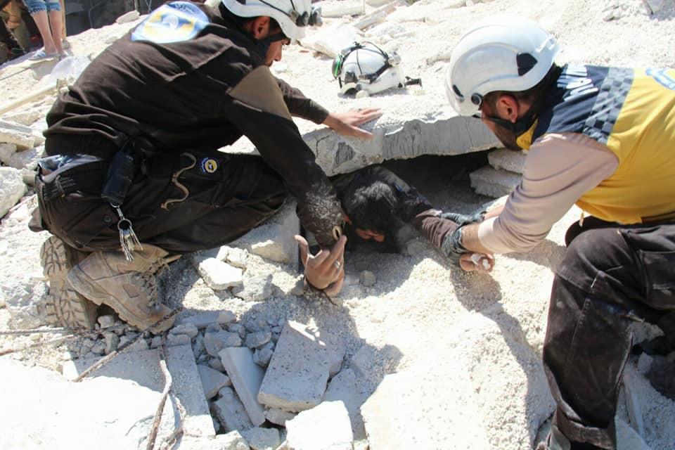 La destruction à Ariha après les raids aériens