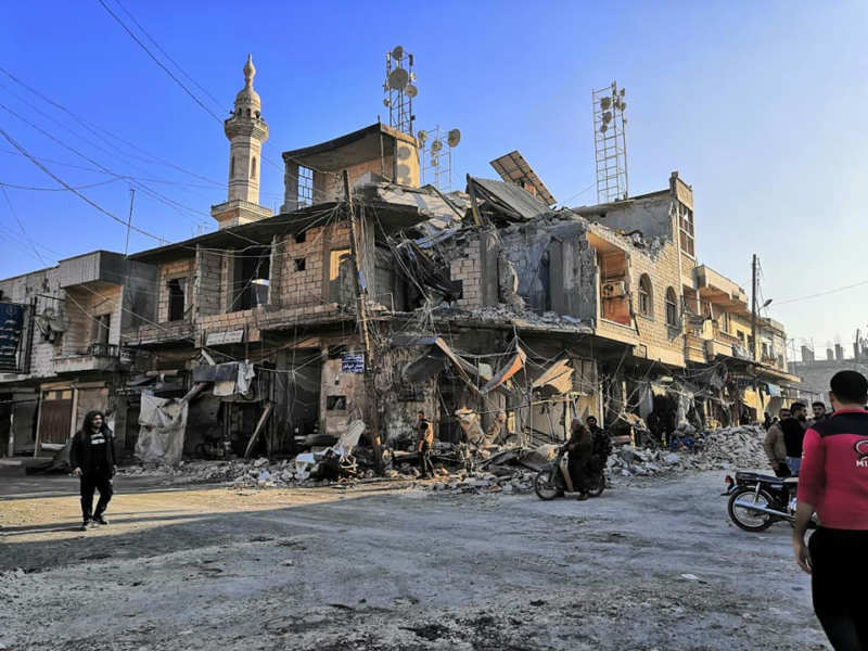 Destructaion de la mosquée Al-Zaweya à Saraqeb